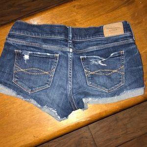 Abercrombie & Fitch short shorts sz 00